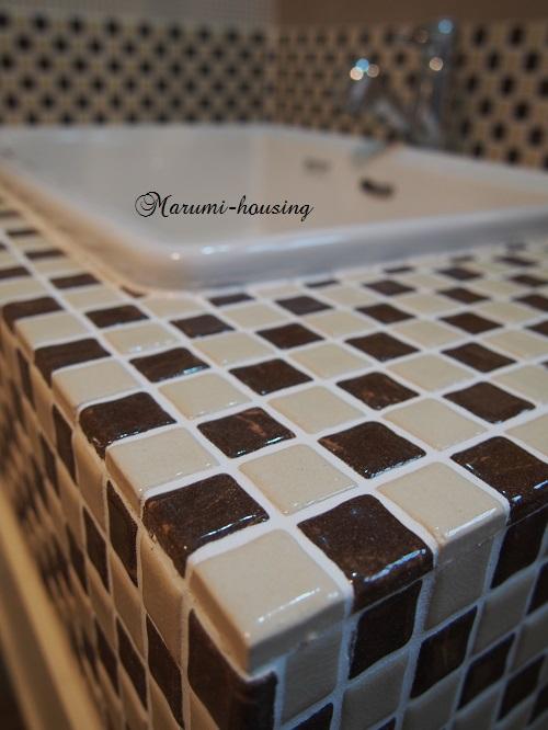 チョコレートタイル。