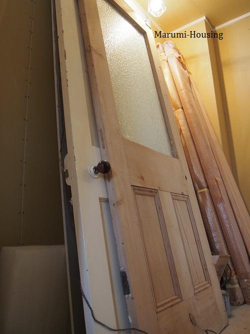 アンティークのドア。